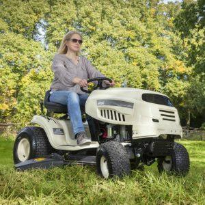 MTD Combin Lawn Tractor
